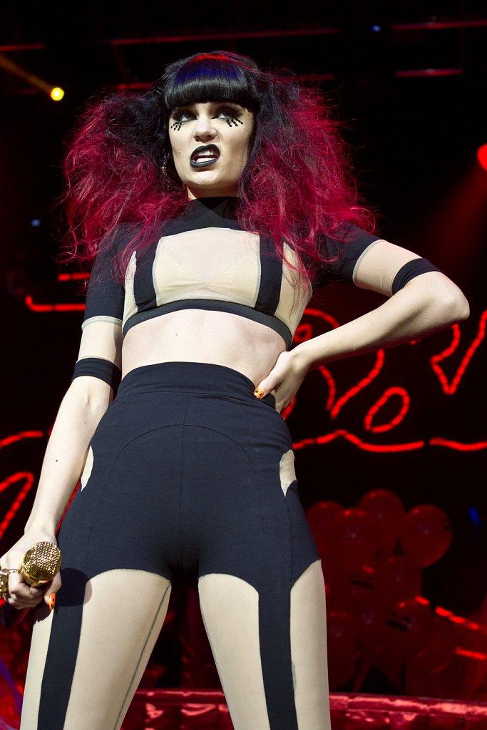 Jessie J @ Leeds Academy, Oct 2011